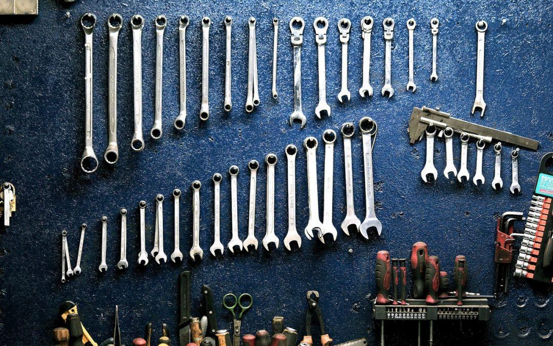 Professionelle momentnøgler til mekanikeren